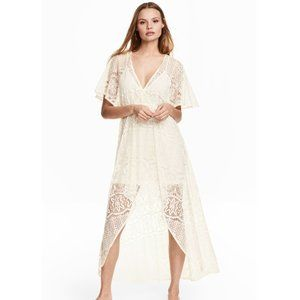 H&M ivory lace dress with lining